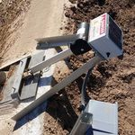comporta de parede para canal / metálica / autorregulável / automática