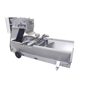 mobiler Substratmischer / mit Verteiler / für Baumrinde / automatisch