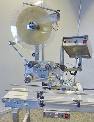 automatische Etikettiermaschine