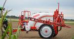 pulverizador de arrastre / para grandes cultivos / con brazo plegado / ancho