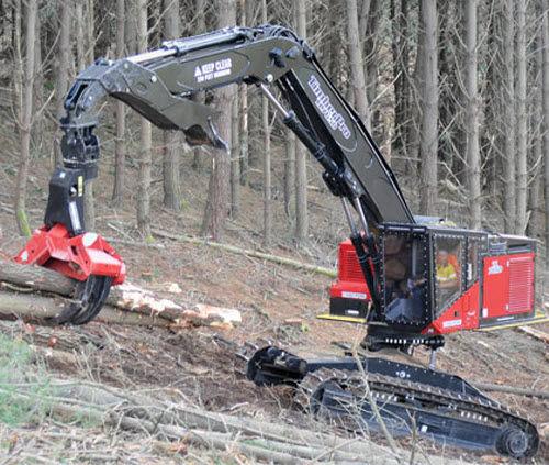 Tracked feller-buncher / 4x4 TL765D Timberpro
