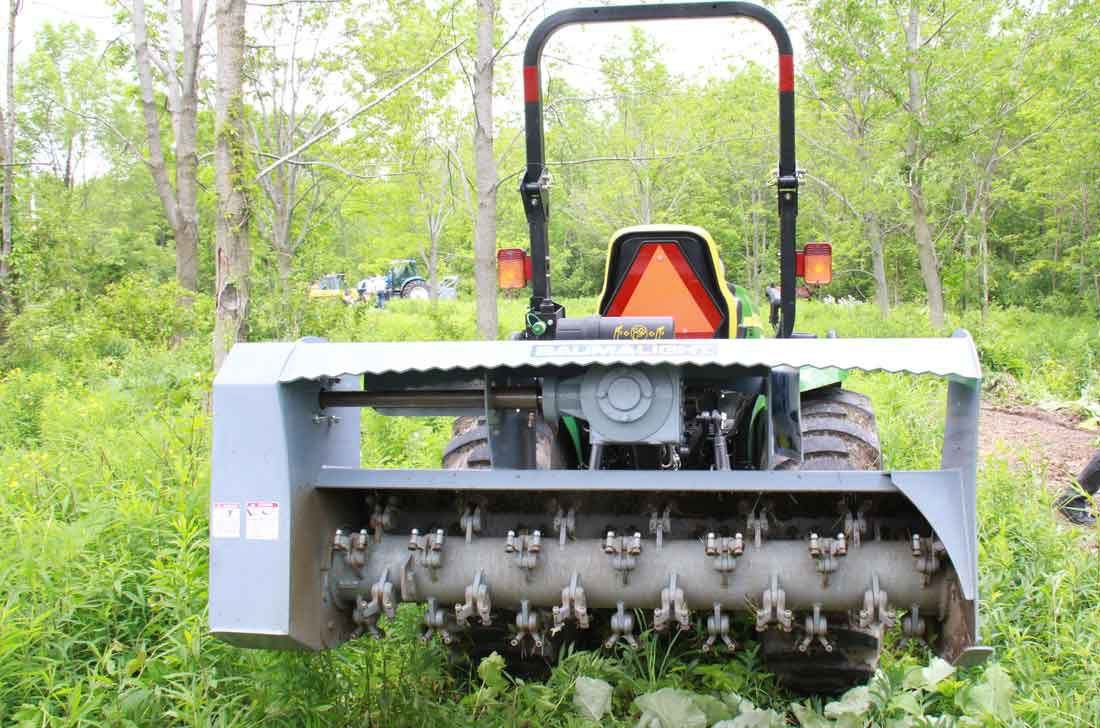 Mounted mulcher / flail / PTO-driven / for tractors MP360 baumalight