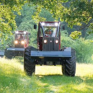 forestry tractor / power-shift