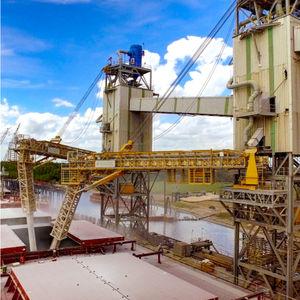 bulk carrier ship unloader