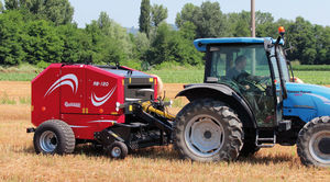 round baler / fixed chamber / silage
