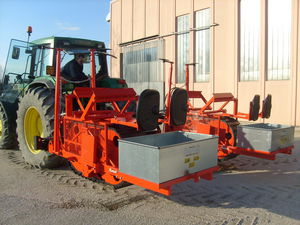 tree transplanter / automatic / 2-row / towed