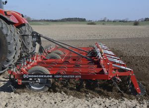 mounted vibro-cultivator