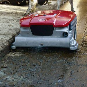 robotic manure scraper