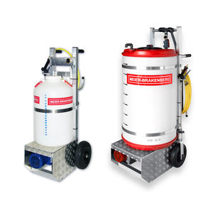 wheeled sprayer / disinfection / farm building