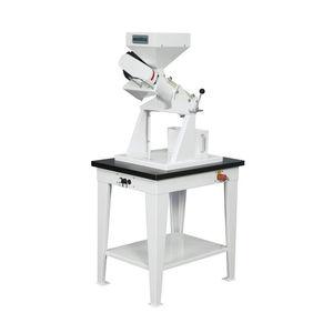 oat de-awner / laboratory