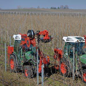 tractor-mounted pre-pruner