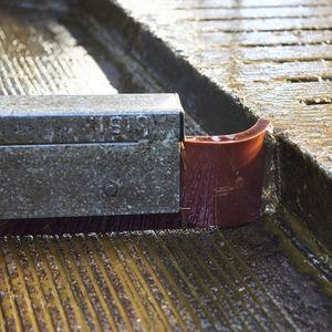 chain manure scraper / straight / U-shaped / rubber