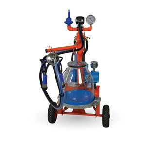 cow milker / 1 / electric / mobile
