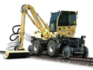 self-propelled reach mower