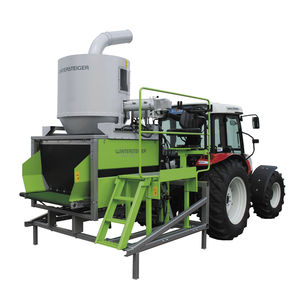 corn plot harvester / tractor-mounted / for research