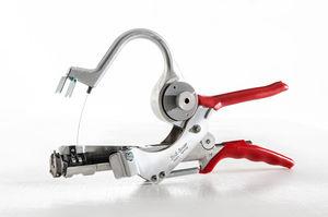 wire tying machine