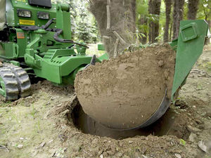 self-propelled rootballing machine