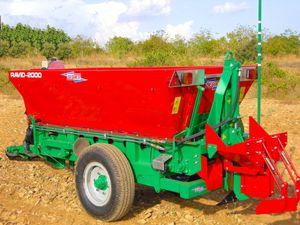 trailed fertilizer applicator
