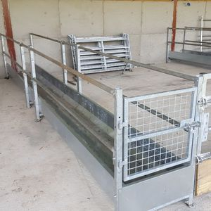 sheep trough / galvanized steel / floor-mounted