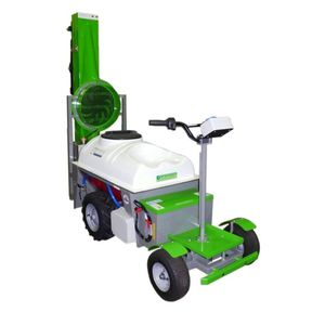 self-propelled sprayer / wheeled / horticulture / folding arms