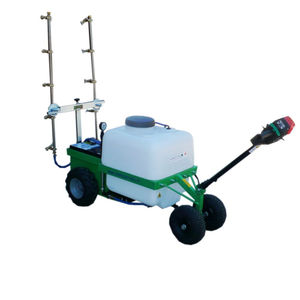 wheeled agricultural atomizer / for viticulture / for greenhouse / wide