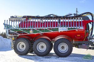 3-axle slurry spreader