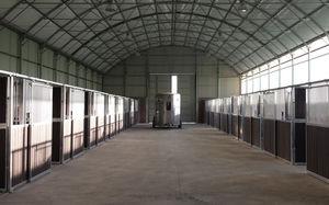 modular barn / warehouse / pig / for horses