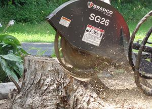mounted stump grinder / hydraulic drive