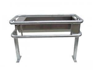 cow waterer / trough / stainless steel / floor-mounted