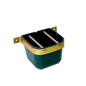 horse feeder / polyethylene / single access / wall-mounted