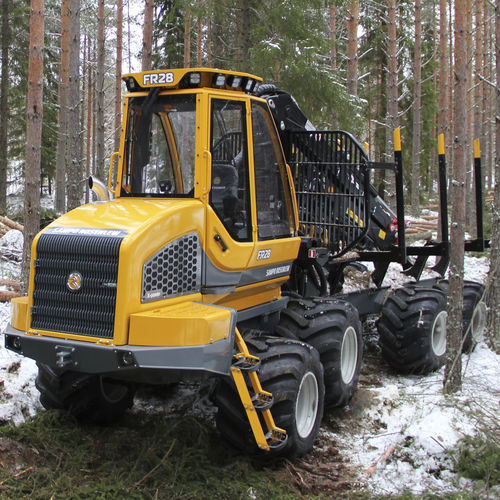rubber-tired forestry harvester