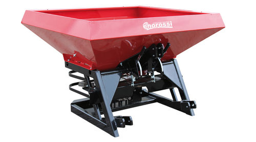 3-point hitch fertilizer spreader