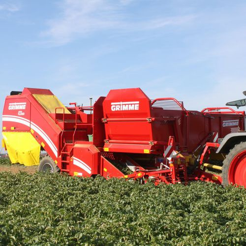 potato harvester / trailed / single-row