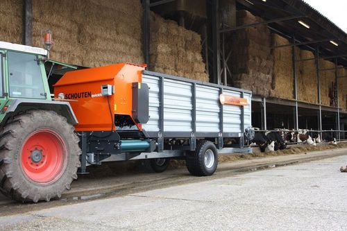 vertical mixing wagon