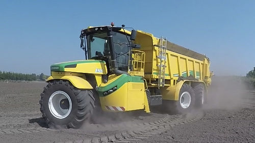 self-propelled fertilizer spreader / dry