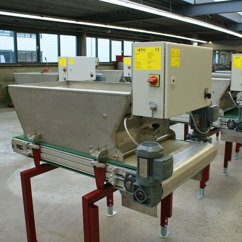 automatic horticulture sticking line / tray covering