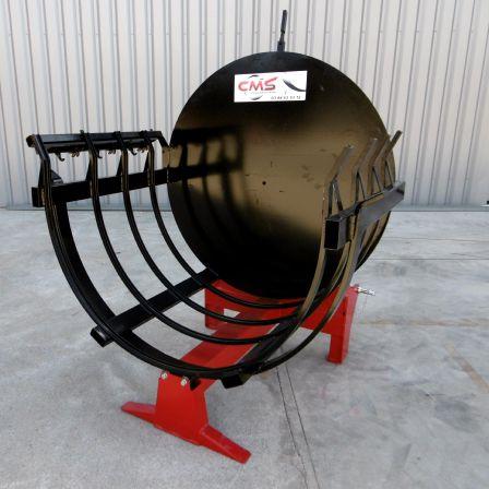 tractor-mounted bundling machine / log