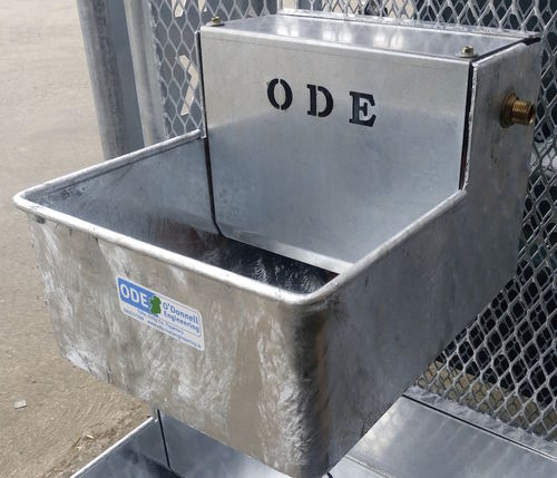 cattle trough / galvanized steel / wall-mounted