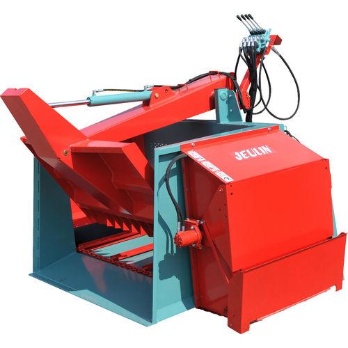 feeding silage cutter / mounted