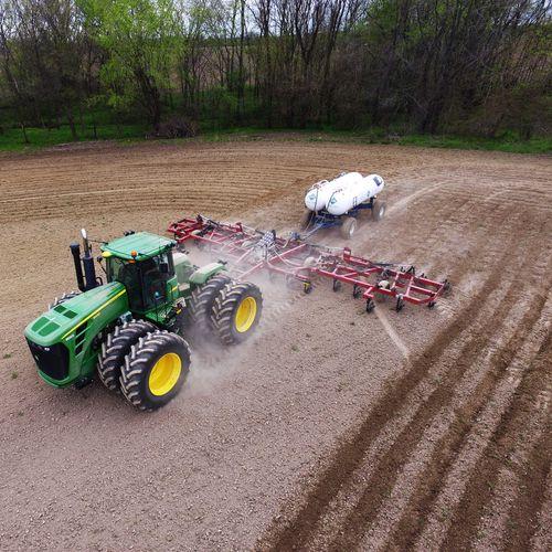 trailed fertilizer spreader / anhydrous / liquid