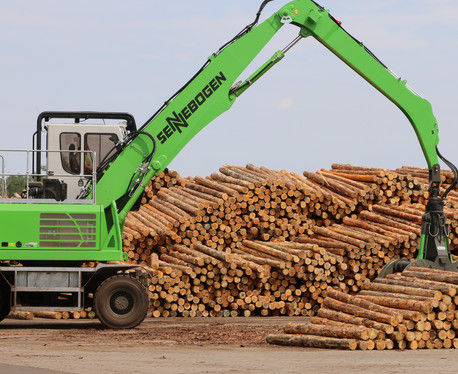 knuckle boom log loader