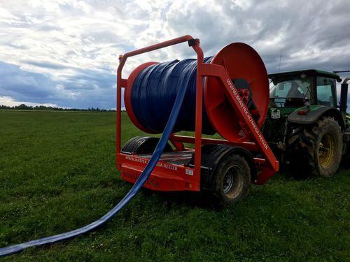 manure hose reel / hydraulic drive / trailed
