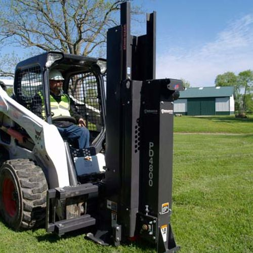 pneumatic post driver / tractor-mounted
