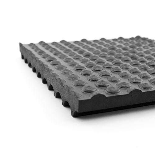 rubber floor mat / for cow breeding / non-slip