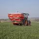 tractor-mounted fertilizer applicator / liquid