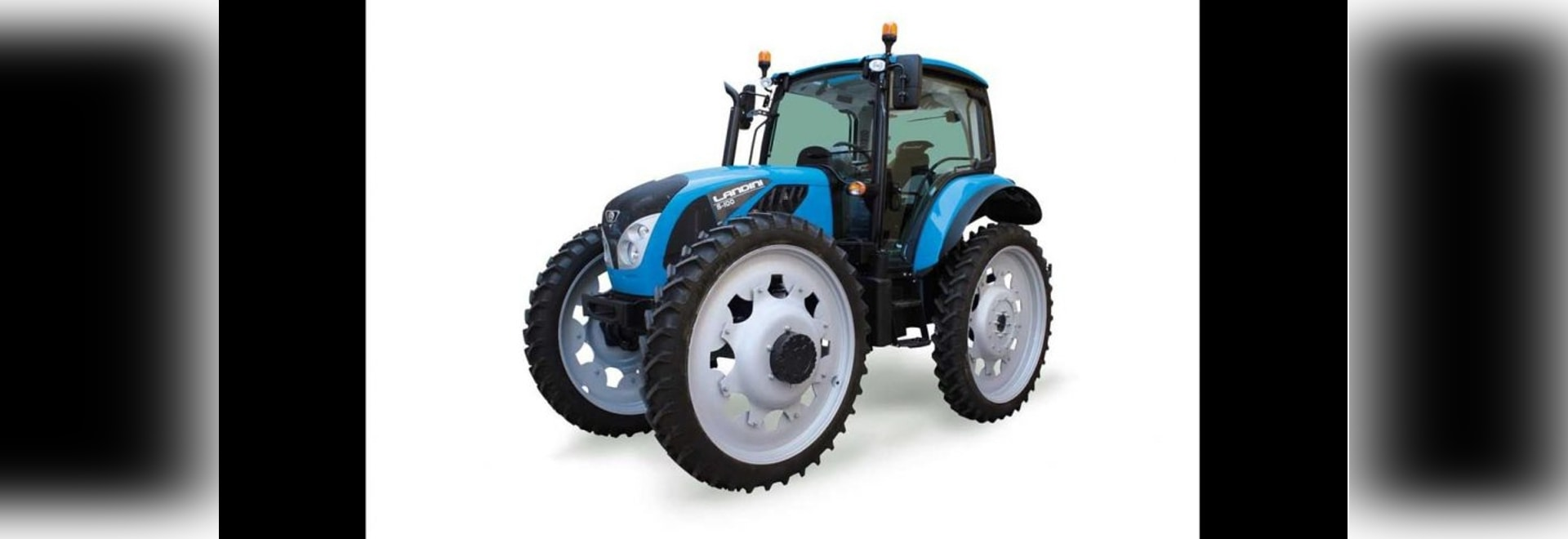 The new Landini 5 HC tractors stand on the same-size wheels all round with tyres up to 11.2R44 providing up to 695mm (27½in) of under-axle clearance.