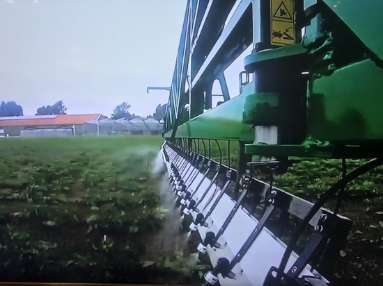 New sprayer application system launched on UK market at LAMMA