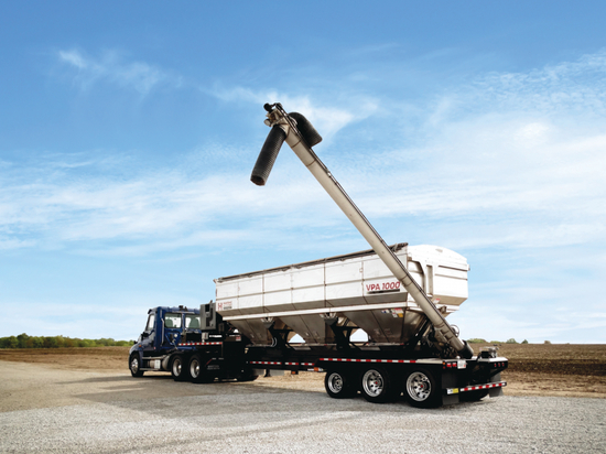 Heartland AG Systems Introduces Industry-First Fertilizer Tender with Variable Position Auger System