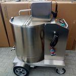 distributore mobile di latte con pompa