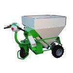 sistema manuale di distribuzione di mangime per bovini / a tramoggia / mobile / programmabile